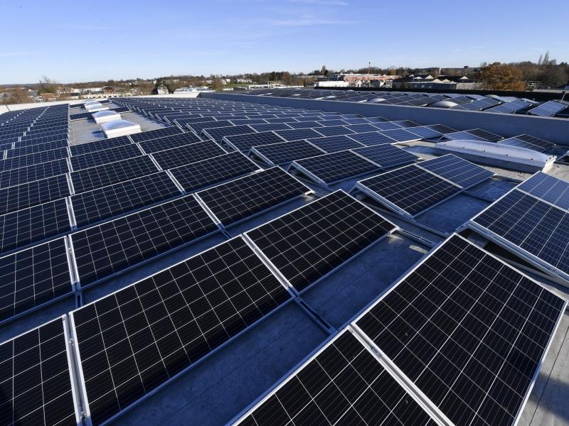 Zusätzliche Photovoltaik-Anlage für die Produktion in der BW Eupen